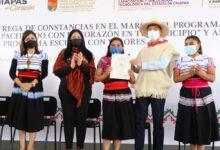 Photo of Rutilio Escandón lleva beneficios para el bienestar de mujeres, niñas y niños de Chanal